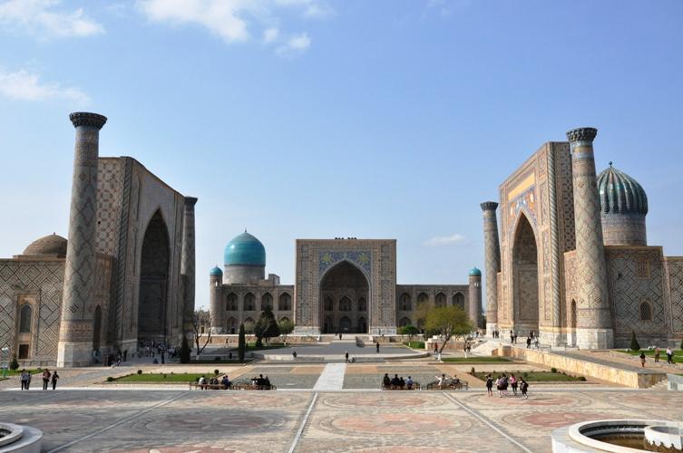 Площадь Регистан. Самарканд.